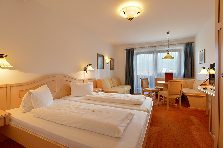 tl_files/Bilder/Bilder-Appartement/Appartement-10-Stingl-Schlafzimmer.jpg